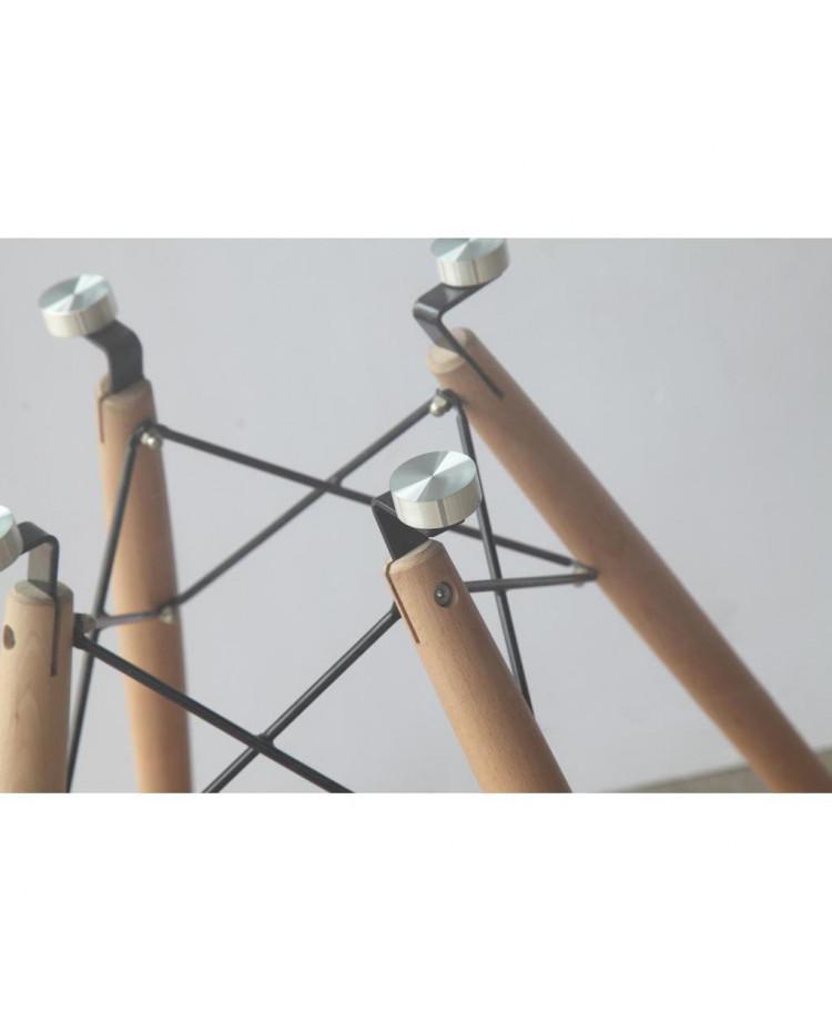 Mesa Eames Vidrio 1,20 mts